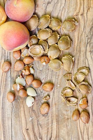 Apricot Kernel Oil (Prunus Armeniaca)